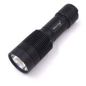 đèn pin MantaRay C8.2 bóng led Cree XHP 70