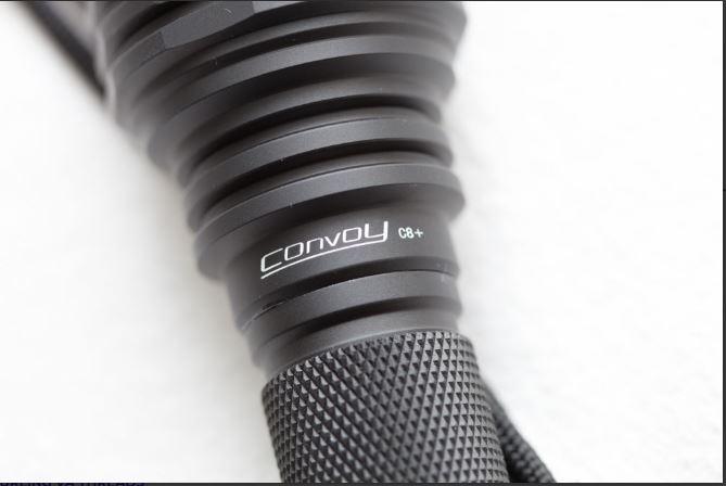 bộ phận tản nhiệt được thiết kế nâng cấp cho đèn pin convoy C8+